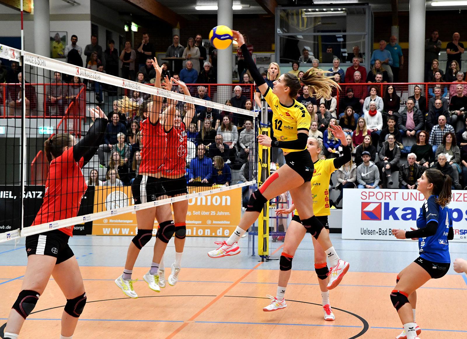 SCU-Leverkusen-UW - Laura Broekstra